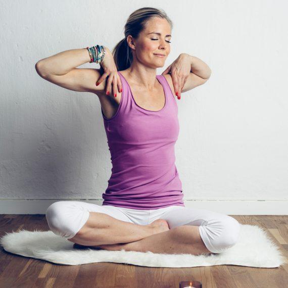 yoga för hormonbalans