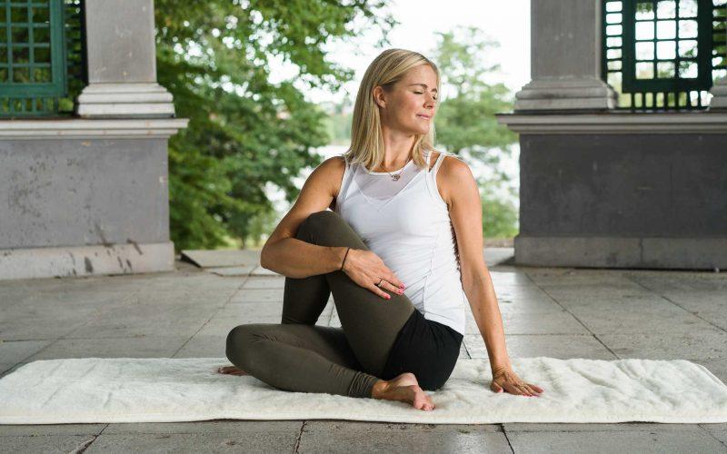 YogaMana lanserar unikt livsstilskoncept och yogaapp – MANAYOGA® – Funktionell Medicinsk Yoga!