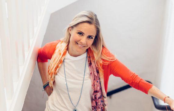 Enskild session/Yogaterapi med Madeleine Wilhelmsson