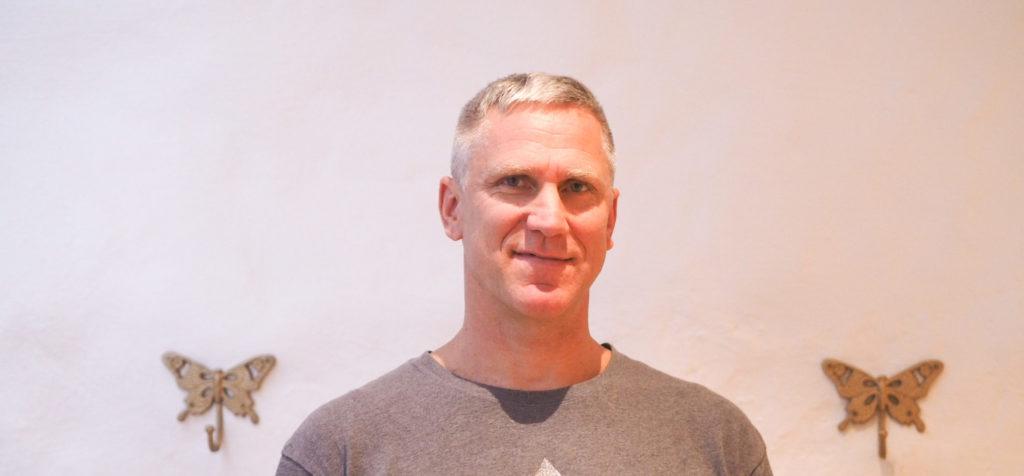 Erik Ekstrand samtalscoach på YogaMana Östermalm