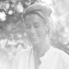 Pyskosyntesterapi med Charlotte Österberg på YogaMana Studio Östermalm Stockholm